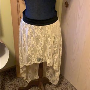 Brat star cream lace skirt XL
